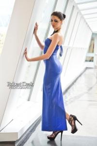 Robyn Francis Model