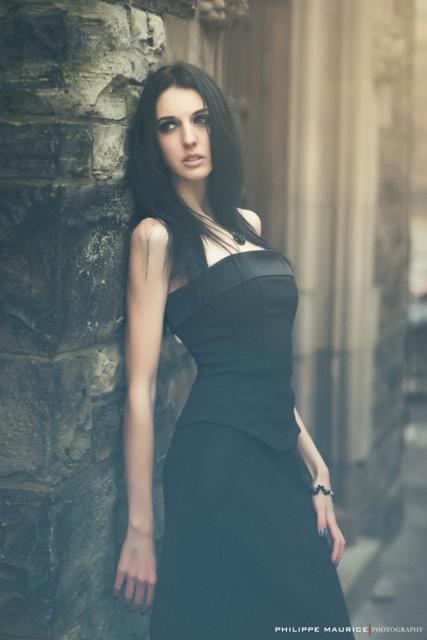 Model Robyn Francis
