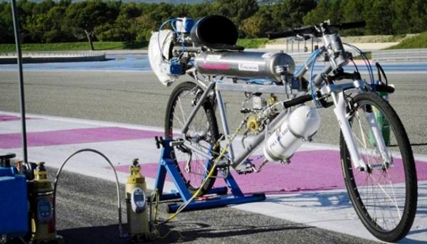 3_rocket-bike