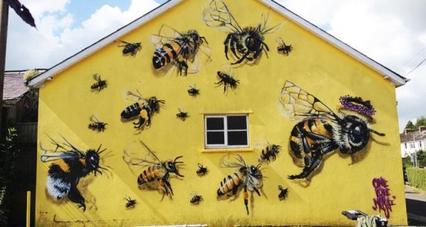 1_Honey-Bee-Graffiti
